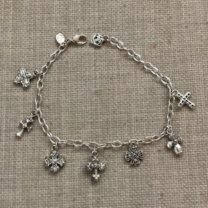 NWOT Cross charm necklace